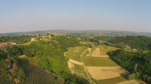 Piemonte – typisch Piemontese boerderij met prachtige wijnkelder