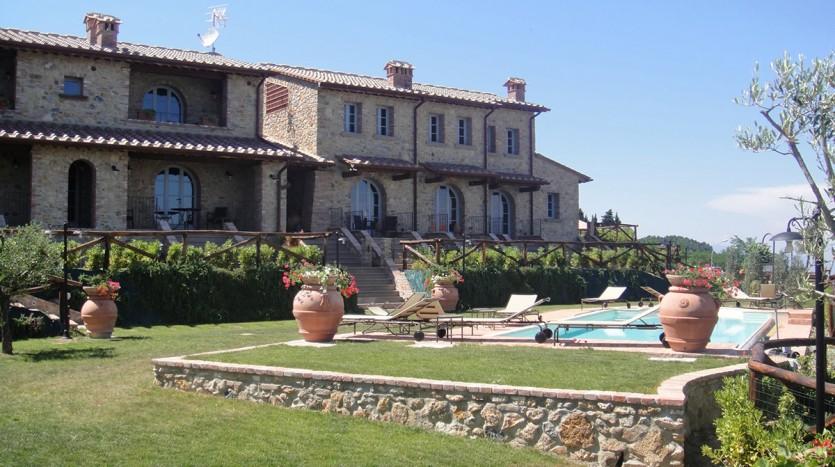 Toscane: nieuwbouw appartement in kleinschalig toeristisch project met zwembad