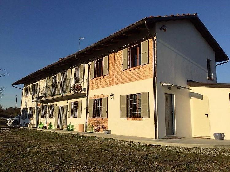 Piemonte: Prachtig landhuis met panoramisch uitzicht