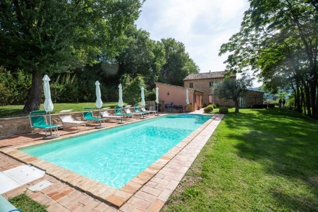 Le Marche: prachtig landhuis met zwembad