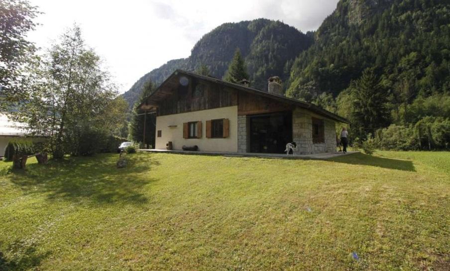 Trentino: Prachtige berghut met tuin te koop aan de voet van de Adamello-gletsjer