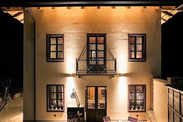 Piemonte: Elegante, gerenoveerde villa met wellness in de buurt van Asti te koop