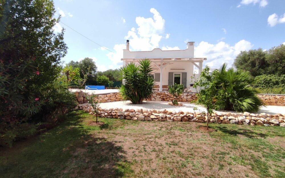 Puglia: Charmante, gerenoveerde villa te koop op 3 km van Ostuni